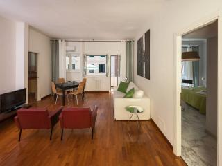 Vaticano Moderno apartment in Trastevere with WiFi, air conditioning, balcony &