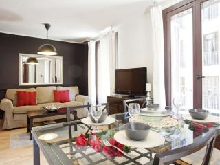 El Confort de Paralel I apartment in Poble Sec with WiFi, air conditioning, balc