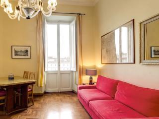 Maria Maggiore apartment in Termini Stazione with WiFi, balkon & lift., Rome