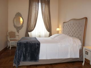Mocenigo Holiday II apartment in Vaticano with WiFi, airconditioning & lift., Roma