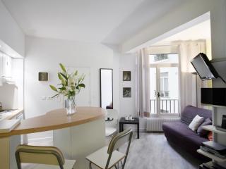 Apple Marais apartment in 03ème - Temple - Le Marais with WiFi, airconditioning, París