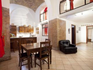 Degli Equi I apartment in Porta Maggiore with WiFi, airconditioning (warm