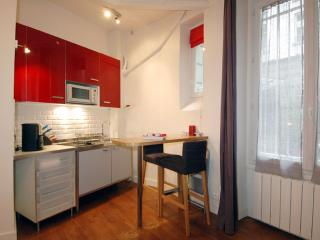 Rue de Rennes apartment in 06eme - St Germain des Pres with WiFi & lift.