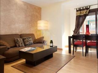 Eixample Gaudí III - 3 apartment in Eixample Dreta with WiFi, airconditioning (warm / koud) & lift., Barcelona
