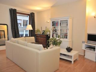 Van Artevelde apartment in Brussel centrum with WiFi & lift., Bruselas