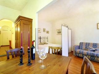 Castellani apartment in Duomo with WiFi & airconditioning (warm / koud)., Florence