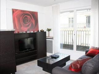 Galilée Elysée apartment in 16ème - Bois de Boulogne - Trocadero with WiFi & lift., Paris