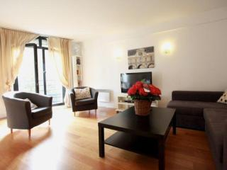 Vavin apartment in 06eme - St Germain des Pres with WiFi & lift.