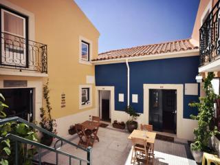 Estêvão 5 apartment in Alfama with WiFi, gedeeld terras & lift.