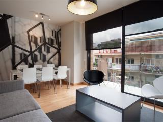 BWH Parc Güell 2 1 apartment in Carmel with WiFi, airconditioning (warm / koud), balkon & lift., Barcelona