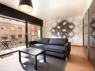 BWH Parc Güell 2 2 apartment in Carmel with WiFi, airconditioning (warm / koud), balkon & lift., Barcelona
