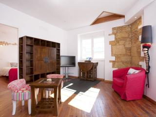 Lisboa apartment in Alameda with WiFi, air conditioning, private terrace & balco