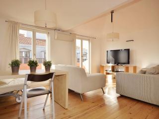 Rosa Luz apartment in Bairro Alto with WiFi, airconditioning (warm / koud