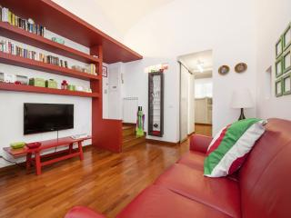 Campani Red apartment in Termini Stazione with WiFi.