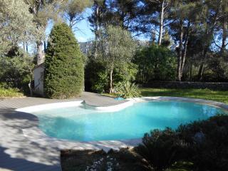 4* Maison, jardin, piscine, vue panoramique