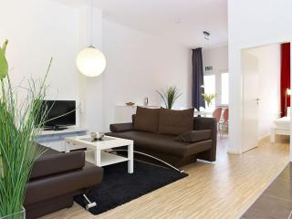 Wilhelm Family apartment in Kreuzberg with WiFi, balcony & lift.