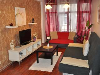 Taksim Galata II apartment in Beyoğlu with WiFi & airconditioning.