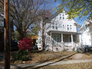 Spacious 6BD house, Ann Arbor