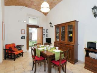 Degli Equi II apartment in Porta Maggiore with WiFi & lift., Roma