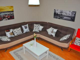 Aksaray I apartment in Aksaray with WiFi, airconditioning, privéparkeerplaats
