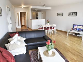 Spacious Opera 603 apartment in Brussel centrum with WiFi & lift.