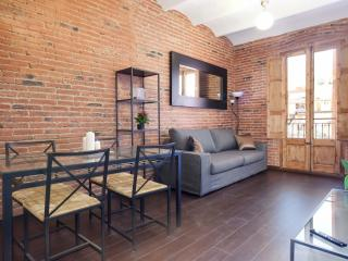 Sagrada Familia 2-1 apartment in Eixample Dreta with WiFi, air conditioning, bal