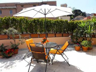 Trastevere Terrace C3 apartment in Trastevere with WiFi, air conditioning & shar