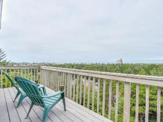 Spacious home with spectacular views of Cape Kiwanda!, Pacific City