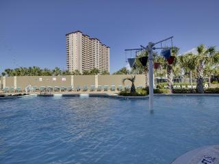 Oceanfront condo w/ shared pool & hot tub near Pier Park - snowbirds welcome!