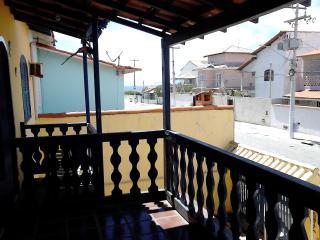 A 50 METROS DA PRAIA COM VISTA E DE BAIXO CUSTO, Cabo Frio