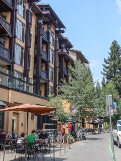 Forest Meadows #34 - condominiums downtown