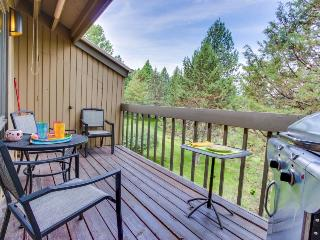 Mt. Bachelor condo with a private balcony, shared pool, & hot tub!