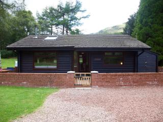 Balvaig log cabin (number 4) private estate, Strathyre