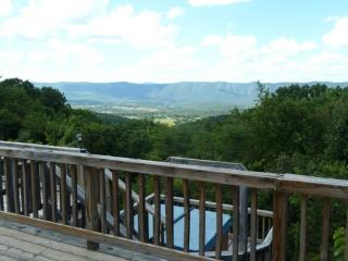 Bear Pad- Gorgeous Views!