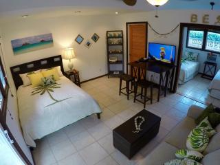 Kailua Laule Guest House