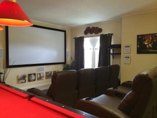 125' THEATRE ROOM!!  5 Bedroom - 5 Bath  ULTRA LUX, Haines City
