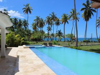 Beachfront Luxurious Casa Daniela