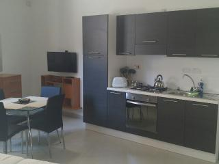 M0. Studio Apartment in the center of Zebbug Malta, Haz-Zebbug