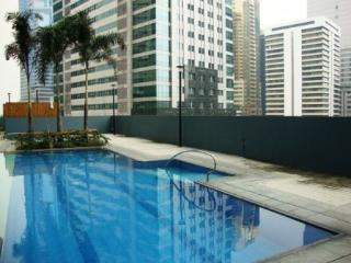 1B Loft Apartment in Ortigas CBD - Prime Location, Pasig
