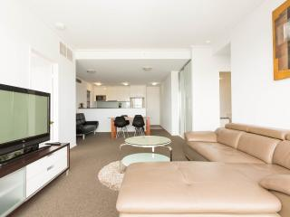 Harbour View 2br CBD apartment, Sydney