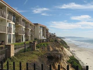 DMST14 1BR Oceanfront Condo, Solana Beach
