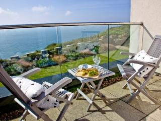 Apartment 9, Gara Rock located in East Portlemouth, Devon