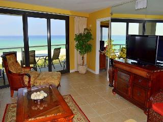 The whole family can relax and will enjoy this luxurious, upgraded condo!, Miramar Beach