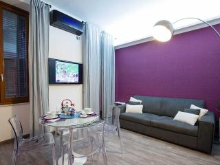 TRASTEVERE LUXURY DESIGN APARTMENT in the center!, Rome
