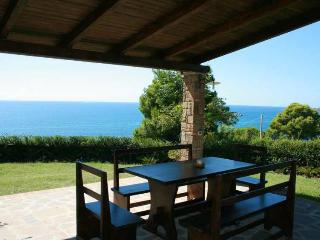 Holiday cottage only 250m from the sea, Pioppi