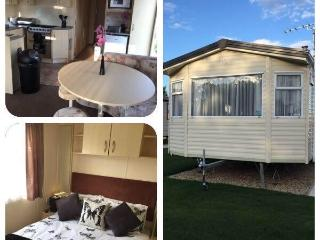 The Retreat - Tattershall Lakes Holiday Home