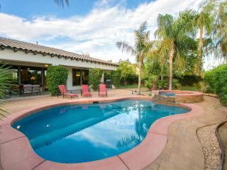 'Summerland' Pool/Spa, fireplace,Walk to festivals, La Quinta