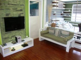 South of Market 1405 - Large Studio Apartment, Taguig City
