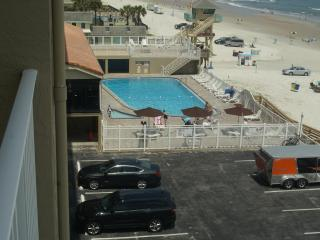 #2-Ocean Front, Sun Rise Balcony, ON Daytona Beach, South Daytona