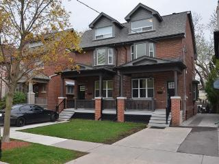 New Luxury Getaway Oasis Yonge/Eglington, Toronto
